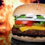 Foto de um sanduíche para demonstrar a melhor carne para fazer hambúrguer
