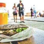 Vender hambúrguer na rua: Como iniciar um negócio do tipo?