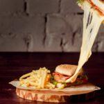 hambúrguer com queijo coalho